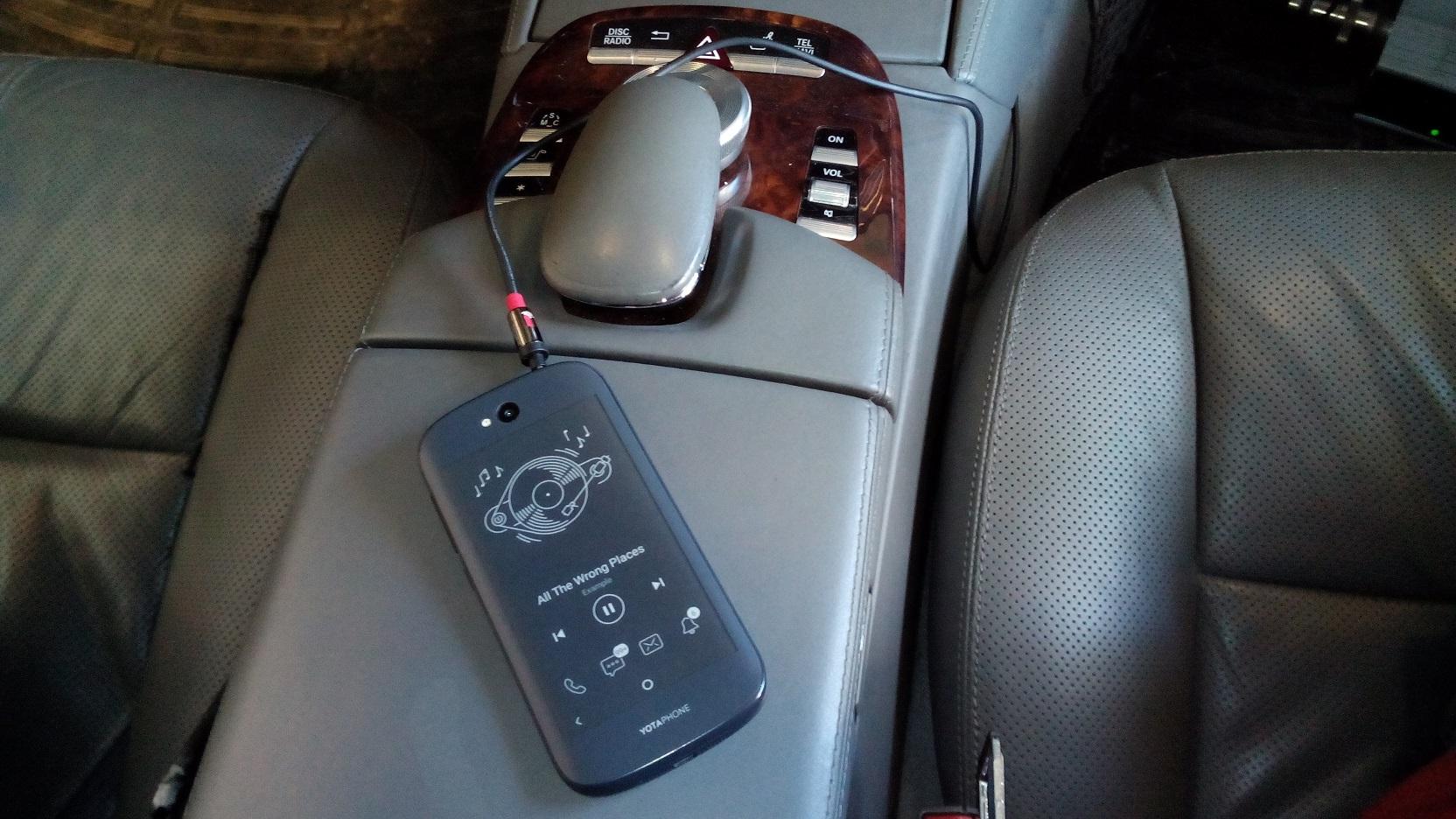Mercedes aux audio